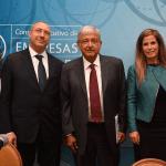 López Obrador asegura que es posible reducir salarios de funcionarios