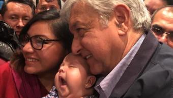 López Obrador firma en video el Acuerdo por la Niñez