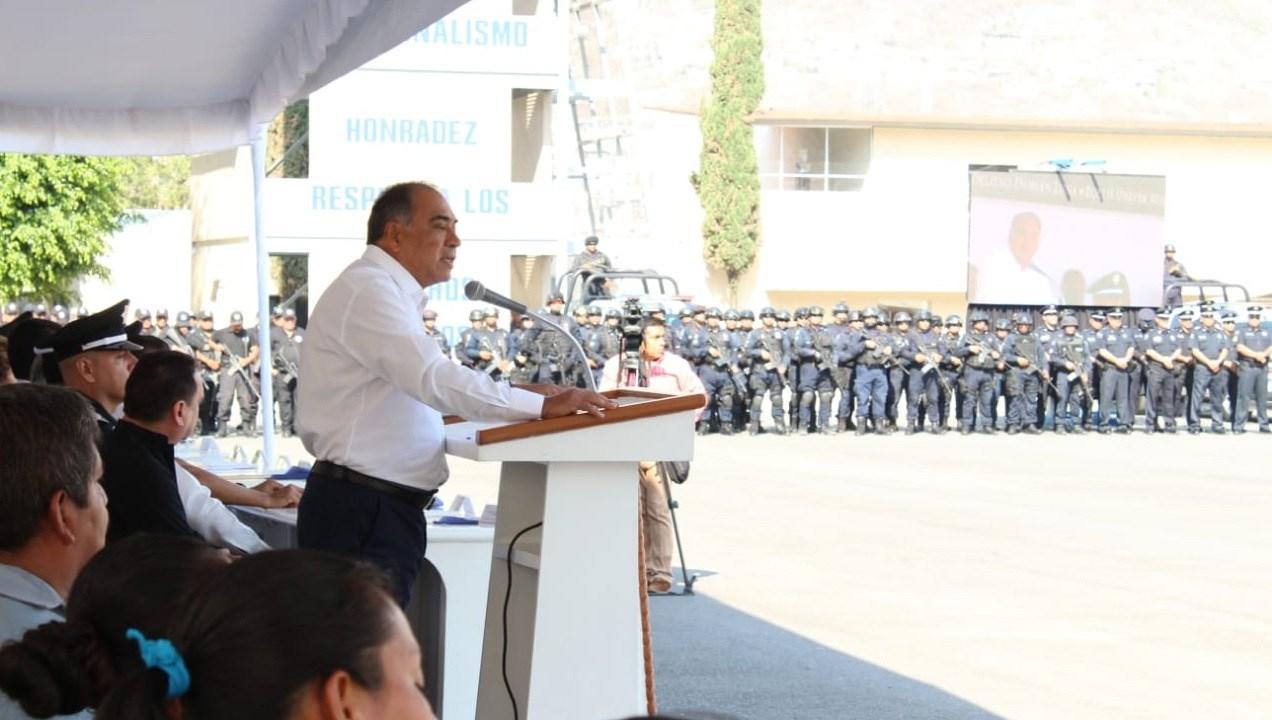 Héctor Astudillo pide a policíacas municipales asumir su responsabilidad
