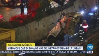 Automóvil Cae Vías Metro Oceanía Línea 5