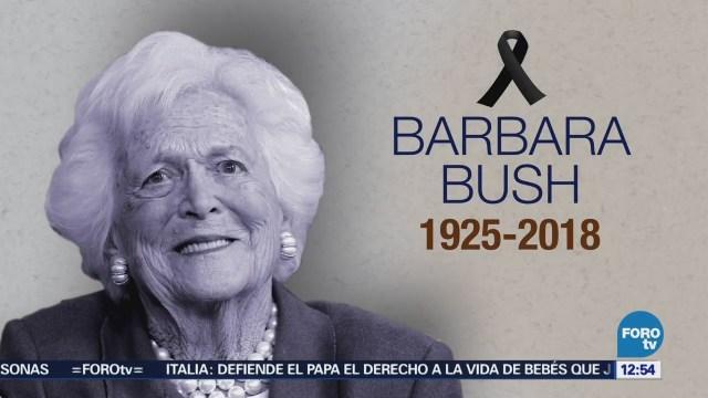 Bandera de EU ondea a media asta en su memoria de Barbara Bush