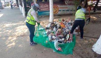 Turistas dejan hasta mil toneladas de basura en Acapulco