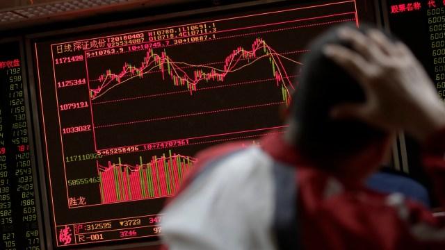 Bolsa de Tokio cae tras desplome de Wall Street
