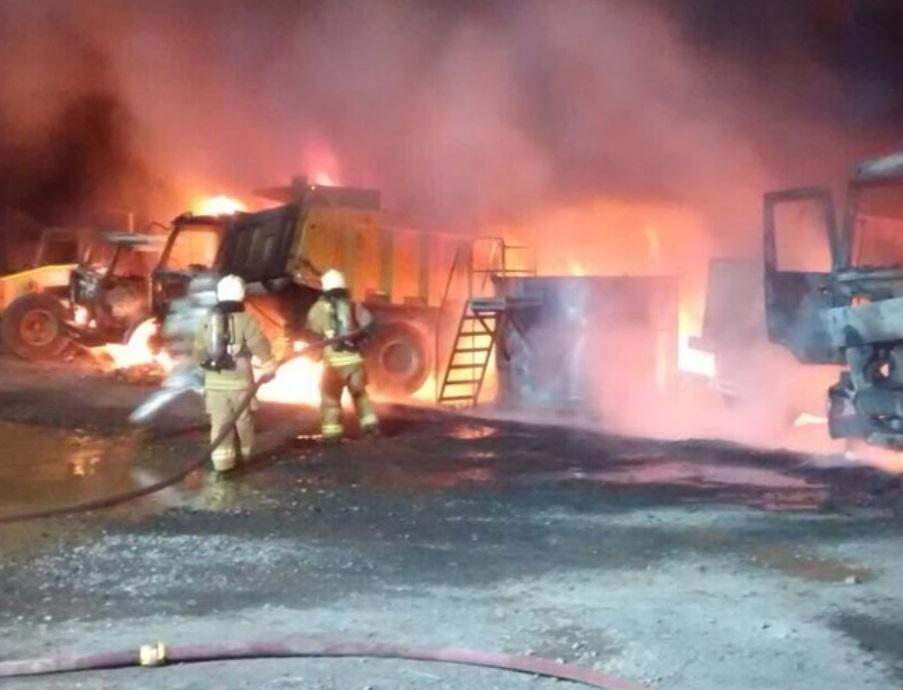 Incendiaron 16 camiones en un ataque atribuido a mapuches — Chile
