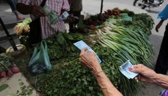 Crece mercado negro de alimentos básicos en Venezuela