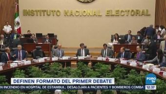 Denise Maerker, Azucena Uresti y Sergio Sarmiento, moderadores del primer debate presidencial