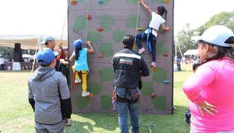 Hijos de policías de la Ciudad de México festejan el Día del Niño