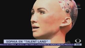El robot humanoide Sophia causa furor en el Talent Land 2018