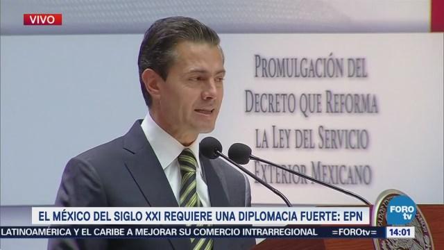EPN promulga decreto que reforma Ley del Servicio Exterior Mexicano