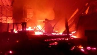 incendio consume dos fabricas en tlajomulco de zuñiga jalisco
