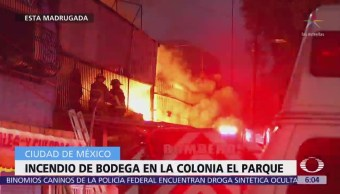 Incendio en bodega moviliza a bomberos en la colonia 'El Parque', CDMX