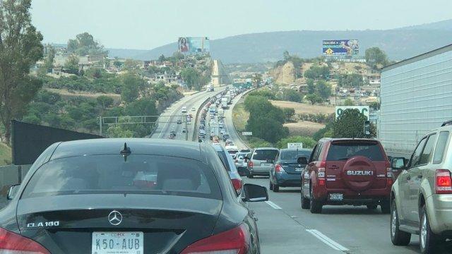 Incrementa el foro vehicular en la autopista México-Querétaro