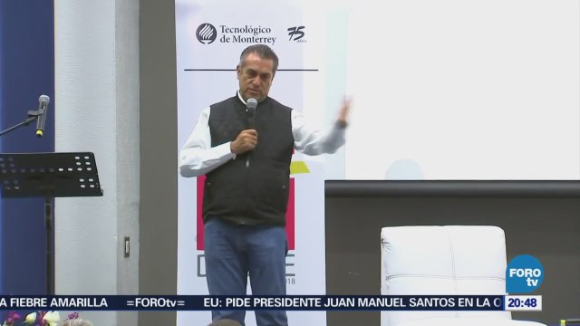 Jaime Rodríguez 'El Bronco' se reúne con estudiantes