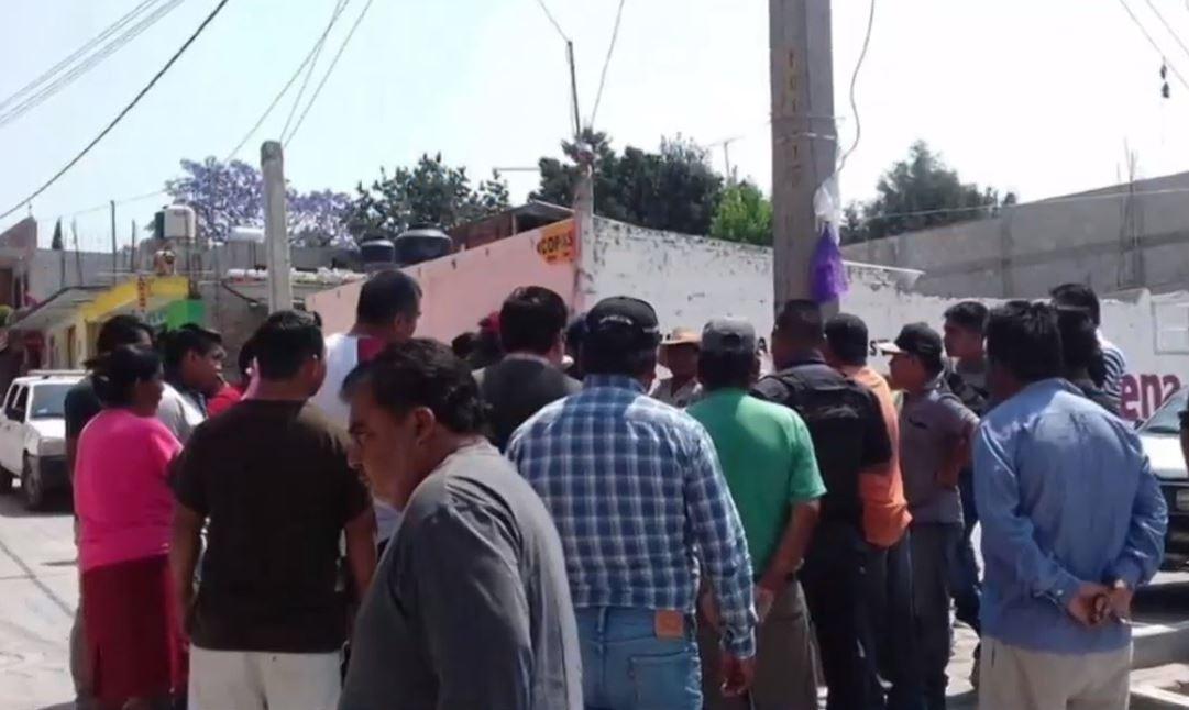 Linchan y queman a cuatro presuntos delincuentes en Puebla