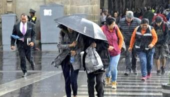 Persisten remanentes del frente frío 43 con tormenta y granizo en México