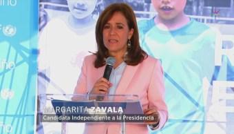 Margarita Zavala firma compromiso por los derechos de la infancia