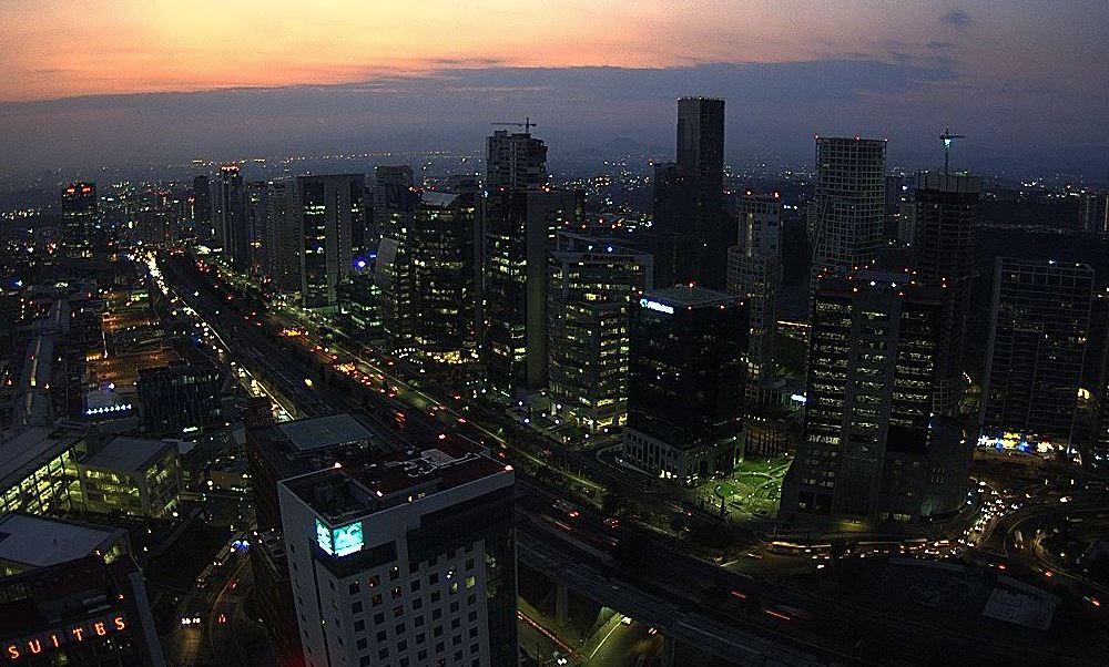 Prevén 28 grados y bajo potencial de lluvias para la Ciudad de México