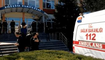 Un profesor mata a cuatro colegas en una universidad de Turquía
