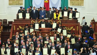 Asamblea Legislativa entrega medallas al Mérito Ciudadano, en Artes y Policial