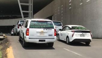Uber Cabify desatan protestas de taxistas que operan en el AICM