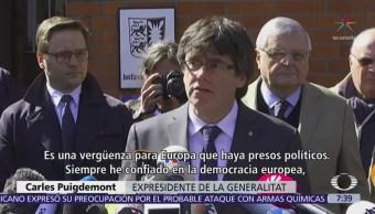Puigdemont sale de prisión, pero el proceso de extradición a España continúa