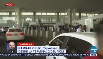 Reportan congestionamiento vial en la terminal 2 del AICM