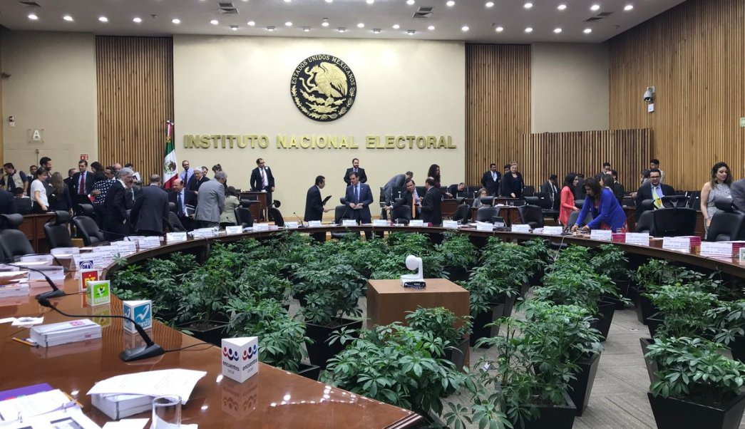 INE determina mantener difusión de spot de Mexicanos Primero