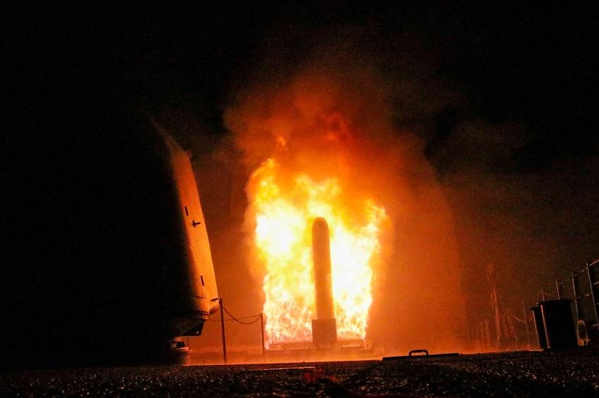 El mundo reacciona polarizado a bombardeos en Siria