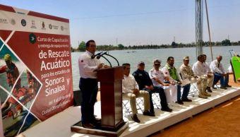 Instructores de EU capacitan a bomberos en Sonora y Sinaloa