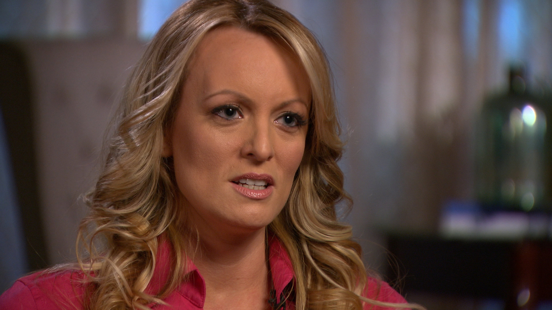 Trump niega pago de 130000 dólares a actriz porno Stormy Daniels