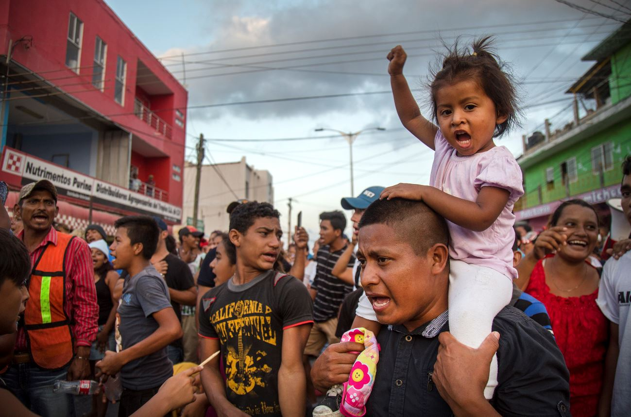 Trump vuelve a pedir a México parar con las caravanas migrantes