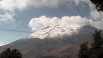 Sistema de monitoreo registra 63 exhalaciones del volcán Popocatépetl