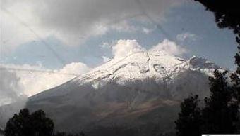 Volcán Popocatépetl emite 86 exhalaciones de baja intensidad
