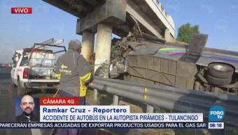 Vuelca autobús de pasajeros en autopista Pirámides-Tulancingo; hay dos muertos