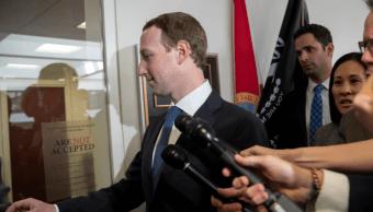 Zuckerberg se reúne con legisladores previo a comparecencia en Congreso