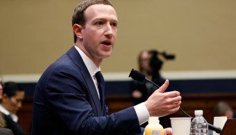 Zuckerberg-sale-ileso-congreso-estados-unidos-caso-cambridge-analytica