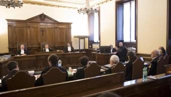 Inicia juicio contra el expresidente del banco vaticano por malversación
