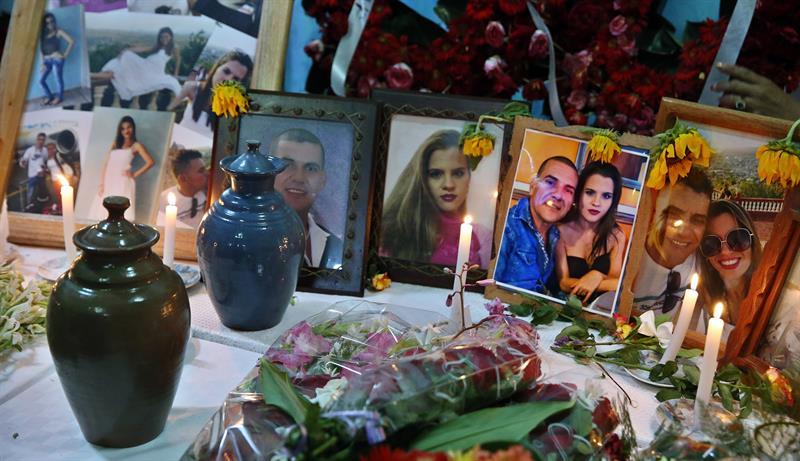 Llegan a 56 las víctimas identificadas tras accidente aéreo en La Habana