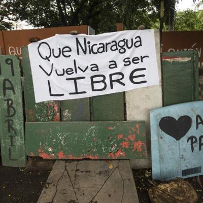 Estudiantes permanecen atrincherados en Universidad de Nicaragua