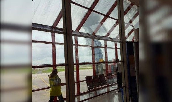 Avión comercial se estrella al despegar de La Habana