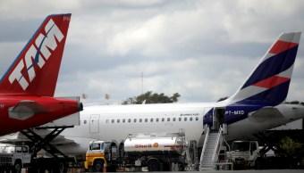 Aeropuerto de Brasilia cancela vuelos por falta de combustible