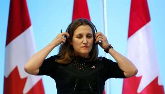 Canciller canadiense Freeland viajará a Washington por TLCAN