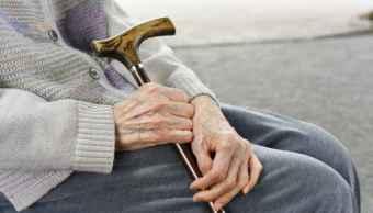Alertan de robo contra adultos mayores por supuestos trabajadores de Gobierno