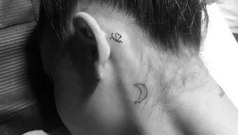 Ariana Grande tatúa abeja víctimas atentado Manchester