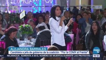 Barrales escucha peticiones de mujeres de Tláhuac