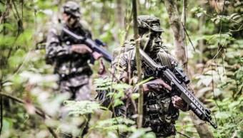 Bombardeo militares colombianos mata ocho disidentes FARC
