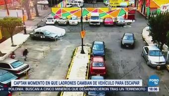 Captan momento en que ladrones cambian de vehículo para escapar