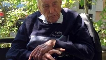 Científico australiano viaja a Suiza y paga su muerte