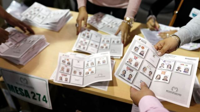 duque petro vuelta colombia elecciones segunda