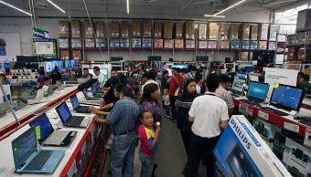 Confianza del consumidor sigue al alza